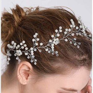 Accessories - Bridal hair piece